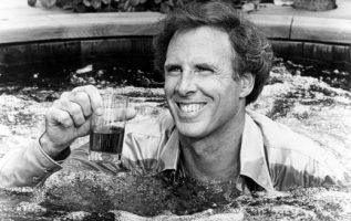 Happy Birthday to Bruce Dern who turns 85 today!... 3