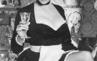 Happy Birthday to Colleen Camp who turns 68 today! Pictured here in Clue (1985)... 2