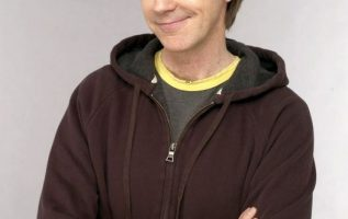 Happy Birthday to Dana Carvey who turns 66 today! Pictured here back in the day... 2