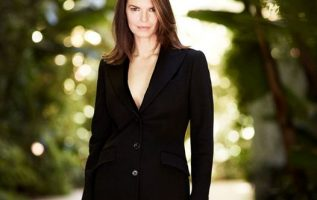 Happy Birthday to Jeanne Tripplehorn who turns 58 today!... 4