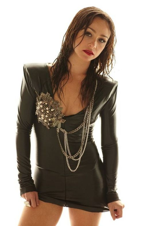 Happy Birthday to Scream Queen Danielle Harris who turns 44 today!... 1