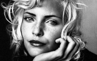 Model Nadja Auermann photographed by Irving Penn.... 5