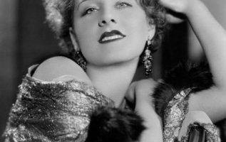 Norma Shearer (August 10, 1902 - June 12, 1983) photographed by George Hurrell.... 3