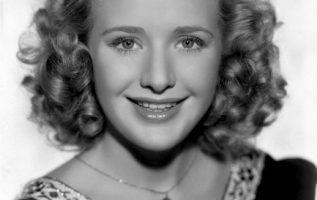 Priscilla Lane (June 12, 1915 - April 4, 1995).... 2