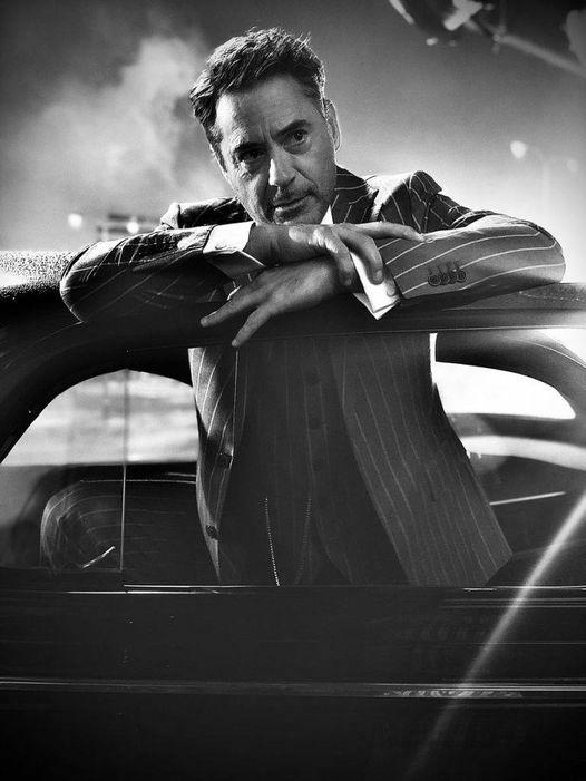 Robert Downey Jr.... 1