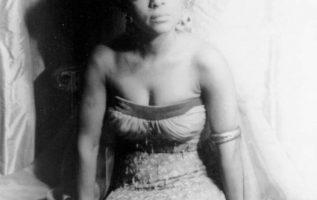 Ruby Dee ( October 27, 1922 - June 11, 2014) photographed by Carl Van Vechten.... 2