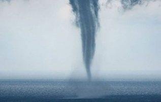 The tornado walks on the sea... 2