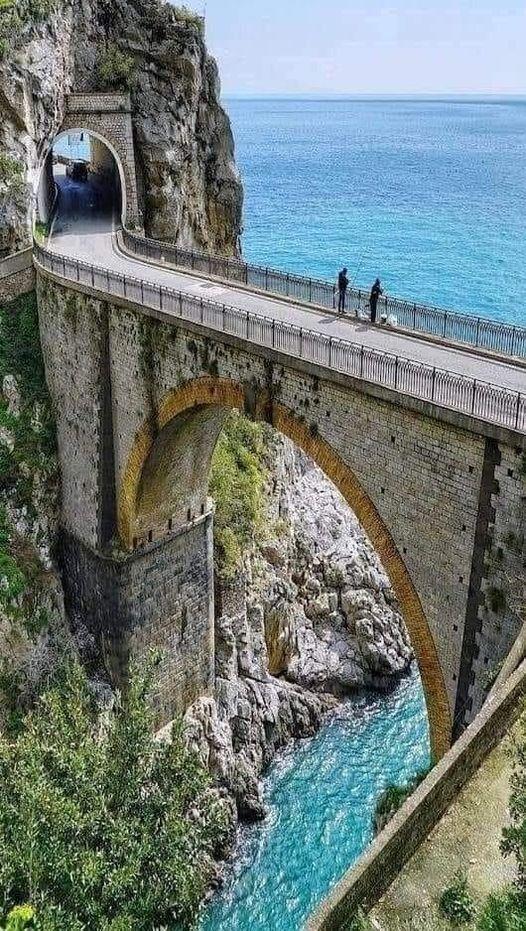 Αmalfitan Coast. Ιταλία.... 1