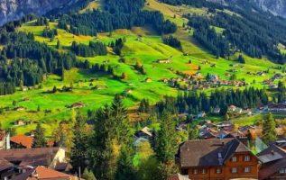 Κυριακάτικες Καλημέρες από την όμορφη Ελβετία...
