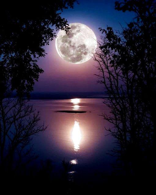 Μ ένα ασημένιο φεγγάρι και πολλές όμορφες ευχές... 1