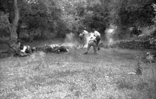 Στις 2 Ιουνίου 1941, Γερμανοί αλεξιπτωτιστές εκτέλεσαν τους άρρενες κατοίκους το...