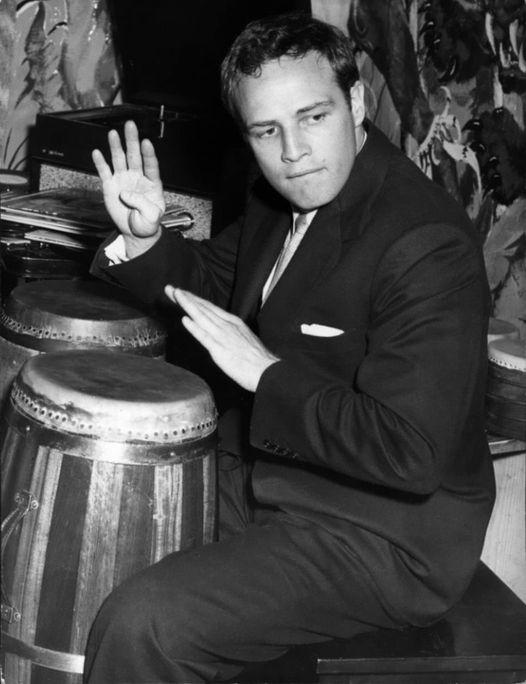 Marlon Brando.... 1