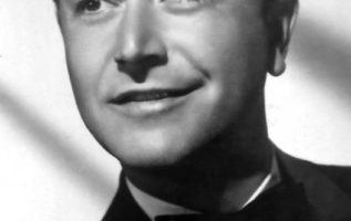 Robert Young (February 22, 1907 - July 21, 1998)....