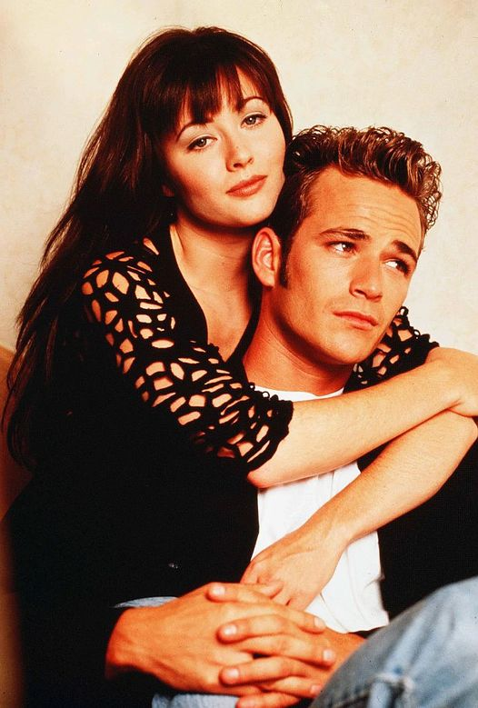 Shannen Doherty and Luke Perry on Beverly Hills 90210.... 1