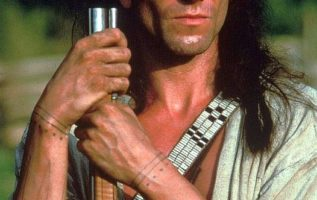 Daniel Day-Lewis in Last of the Mohicans (1992)....