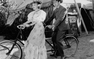 Fay Wray and Gary Cooper....