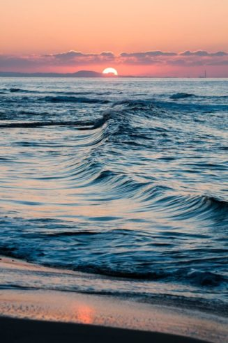 The last rays of the sun, and last waves on the sea,...