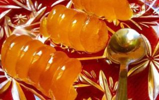 Το αγαπημένο γλυκό...Κολοκύθι κομμένο με αρίδα...μμμ υπέροχο !!! .. από τα χεράκ...