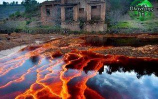 Το Río Tinto είναι ένα ποτάμι που υψώνεται στα βουνά Σιέρα Μορένα της Ανδαλουσία...