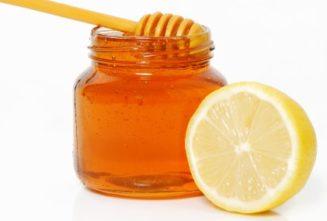 ζεστό νερό με μέλι και λεμόνι.....