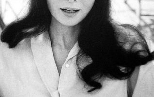 Audrey Hepburn photographed by Bob Willoughby....
