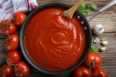 Σάλτσα ντομάτας για τα ζυμαρικά σαςΚαι Οχι Μόνο... 1