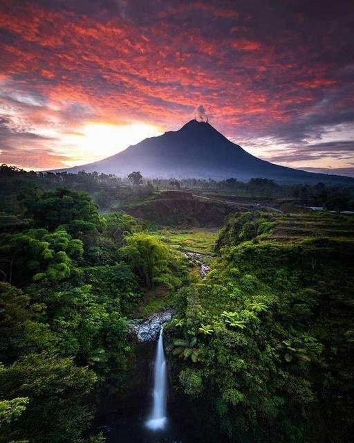 Air Terjun Kedung Kayang, Indonesia... 1