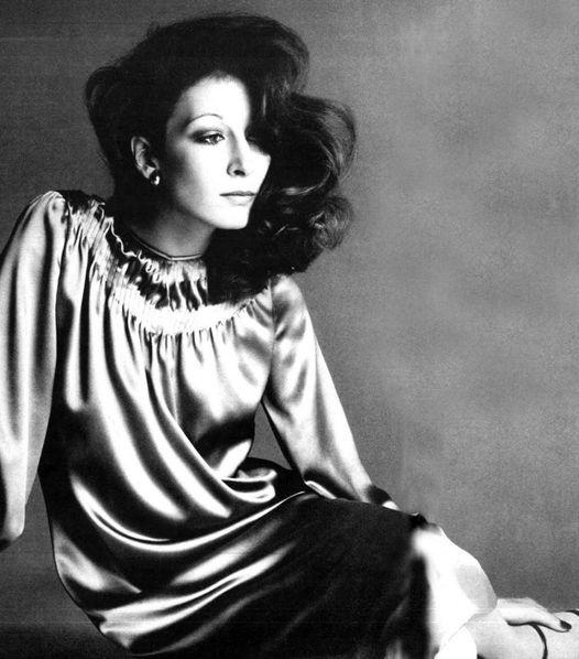 Anjelica Huston photographed by Richard Avedon.... 1