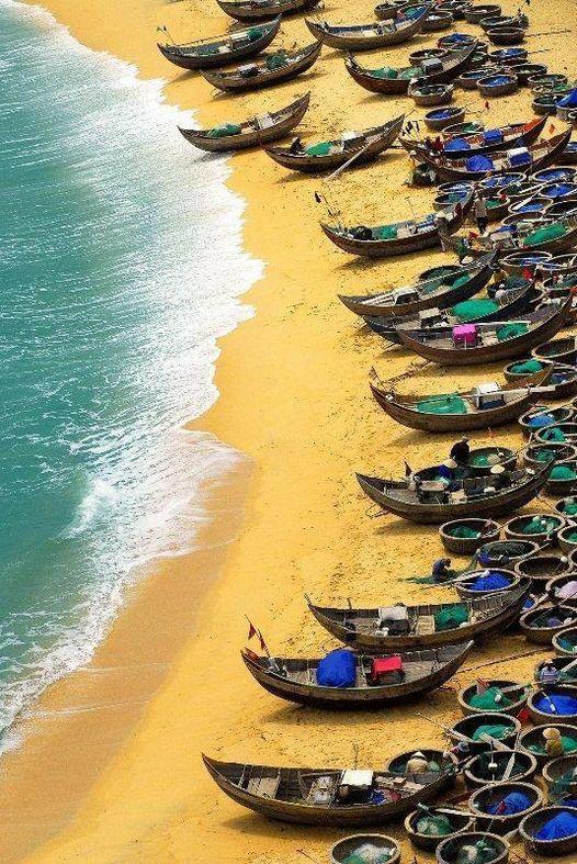 Beautiful Dia Lanh beach, Khanh Hoa, Vietnam... 1