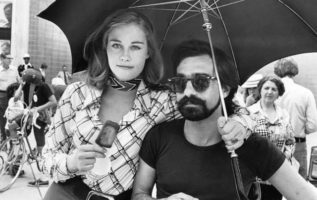 """Cybill Sheperd and Martin Scorsese on the set of """"Taxi Driver"""" (1976)...."""
