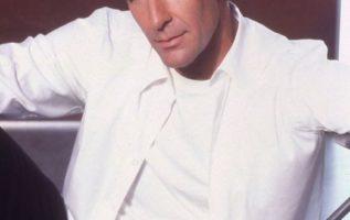 Happy Birthday to Scott Bakula who turns 67 today!...