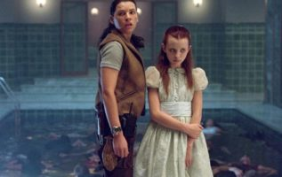 Julianna Margulies and Emily Browning in Ghost Ship (2002).  #ghoststories...
