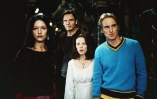 The Haunting (1999).  Catherine Zeta-Jones, Liam Neeson, Lili Taylor and Owen Wi...